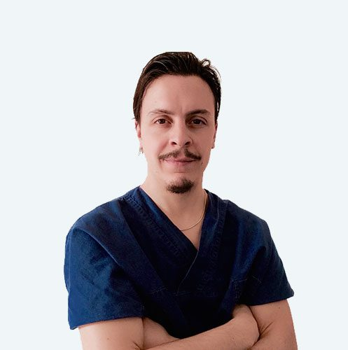 Dott. Luca Finamore, fisioterapista specializzato nella cura dell'alluce valgo